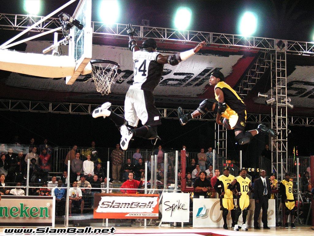 SlamBall, quand le dunk fiction devient réalité...